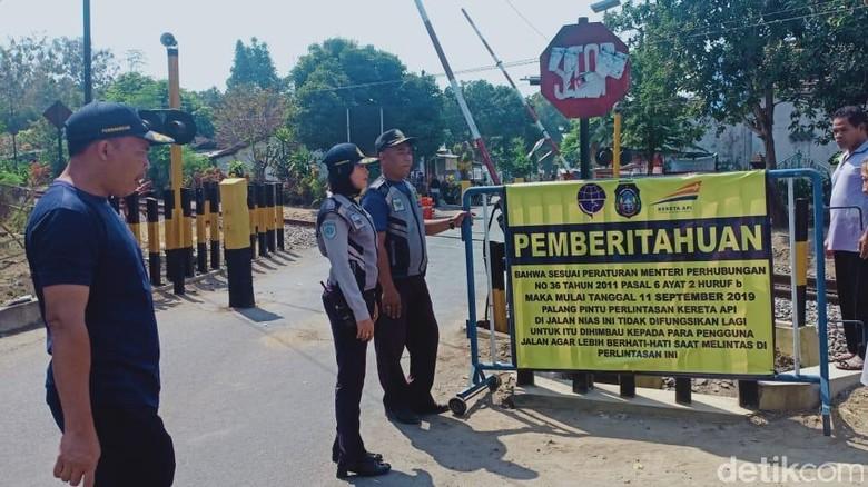 Portal Lintasan Sebidang di Blitar Dicabut, Rp 700 Juta Harus Disiapkan