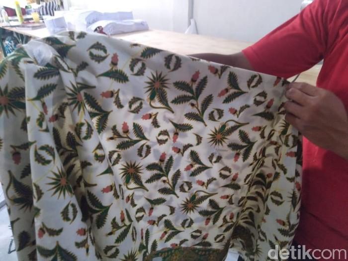 Kain seragam batik SMPN 2 Jombang (Enggran Eko Budianto/detikcom)