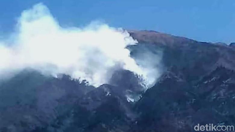 Medan Sulit Jadi Kendala Pemadaman Kebakaran di Gunung Merbabu