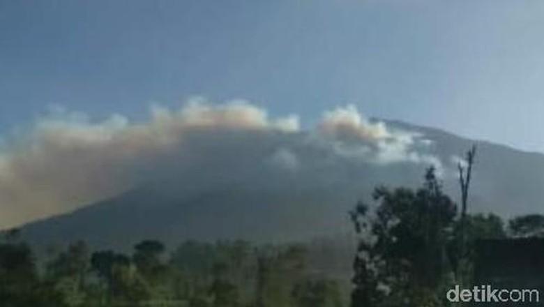 Ada Kebakaran, Seluruh Jalur Pendakian Gunung Merbabu Ditutup