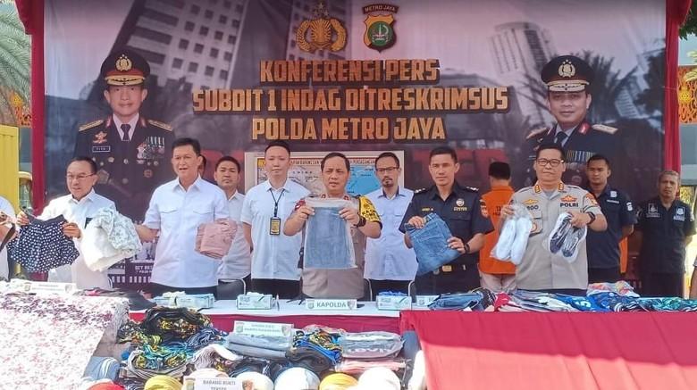Polisi Tangkap Penyelundup Pakaian Bekas Asal China Senilai Rp 10 M