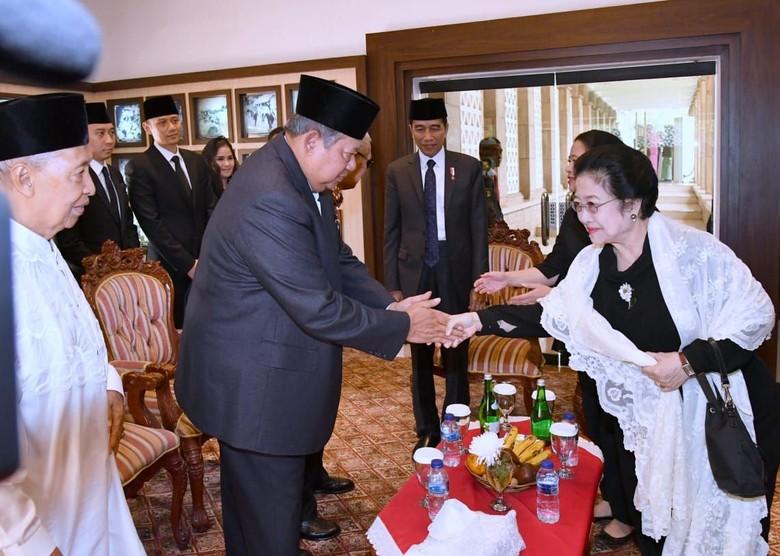 Demokrat Terpinggir, PDIP Bantah Skenario Ketoprak Joko Tingkir