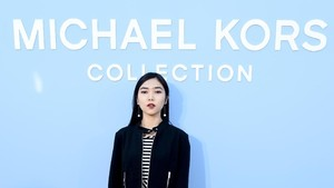 Foto: 10 Gaya Artis Indonesia yang Eksis di New York Fashion Week