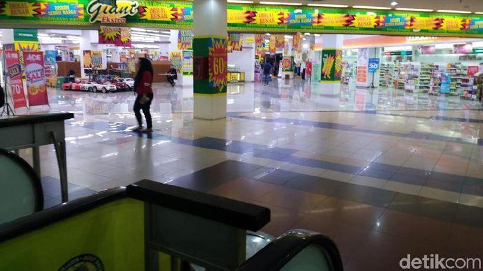 Foto: Giant Point Square Obral Barang (Danang Sugianto/detikFinance)