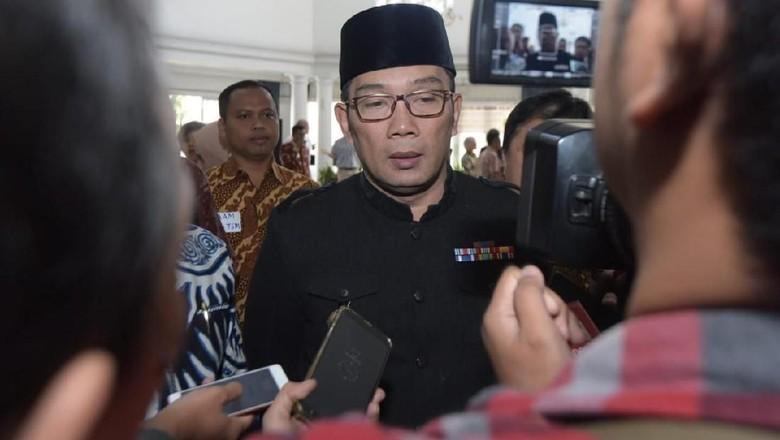 Ridwan Kamil Ingin Sematkan Nama BJ Habibie di Bangunan Monumental