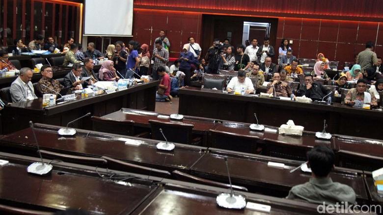 Rapat Tertutup DPR-Pemerintah soal Revisi UU KPK Dilanjutkan Pekan Depan