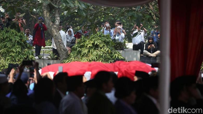 Keluarga Cendana Tak Hadir di Pemakaman BJ Habibie?