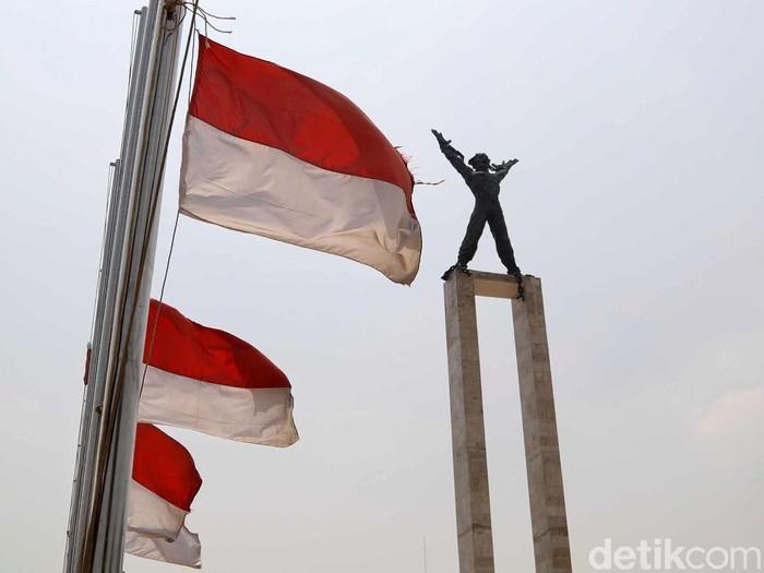 Arti Pemerintah Serukan Pasang Bendera Setengah Tiang Usai Habibie Wafat (Pradita Utama/detikcom)