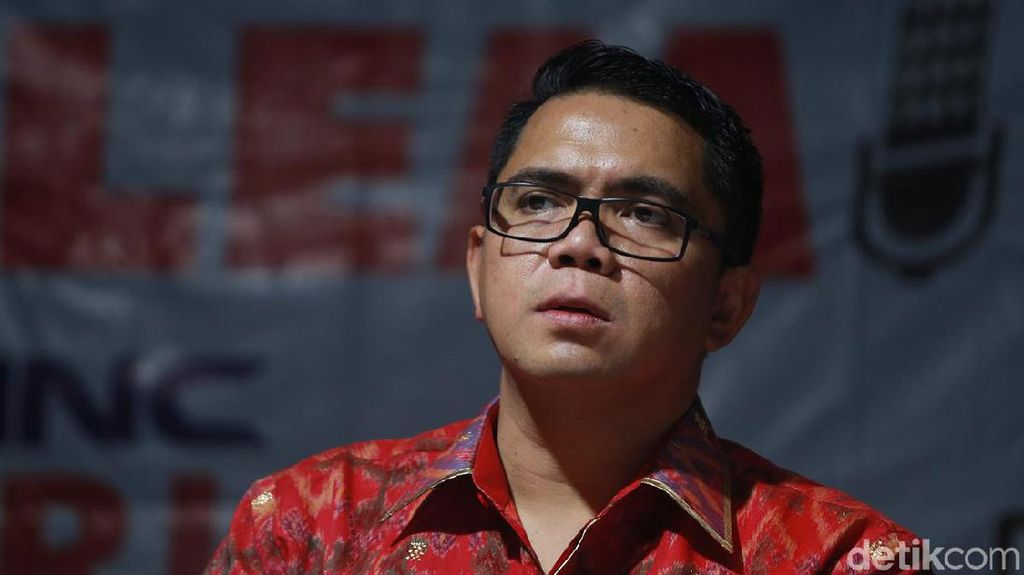 Sebut Emil Salim Sesat, Arteria Dahlan Punya Harta Rp 13 M