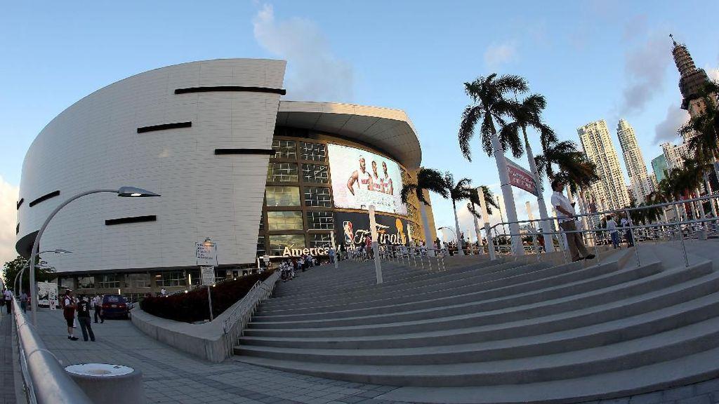 Situs Porno Ingin Sponsori Stadion Miami Heat