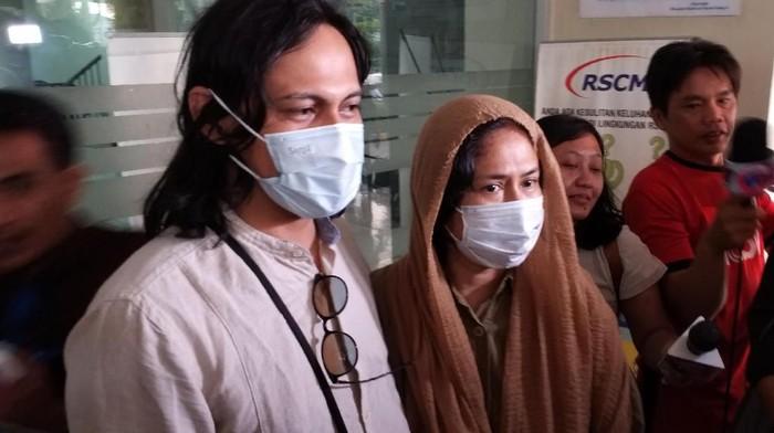 Ria Irawan tengah menjalani pengobatan kanker dengan kemoterapi oral. (Foto: Pingkan Anggraini)