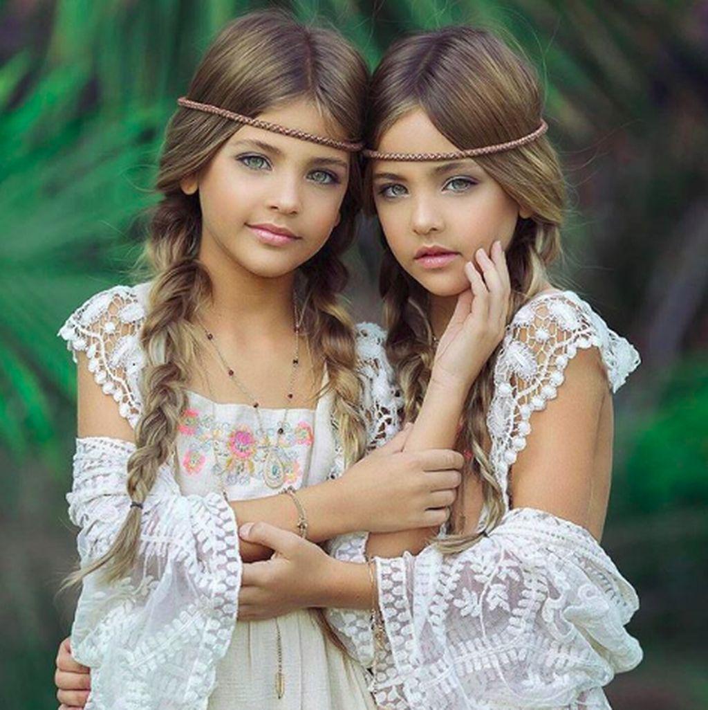 Mereka adalah Leah Rose dan Ava Marie. (Foto: Instagram/clementstwins)