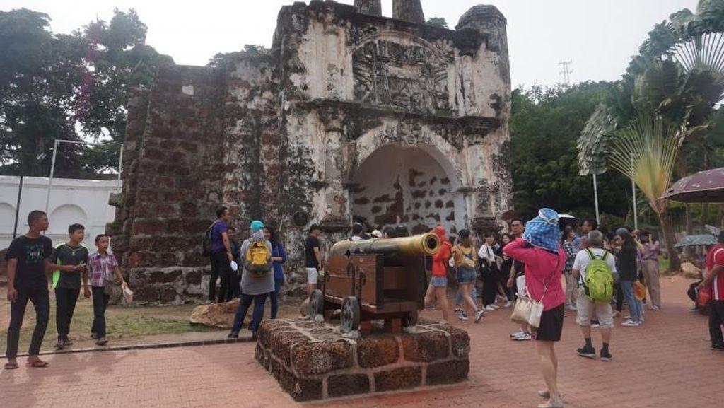 A Famosa, Benteng Peninggalan Tiga Bangsa