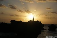 Siluet sunset di Pantai Tiang Bendera (Afif Farhan/detikcom)