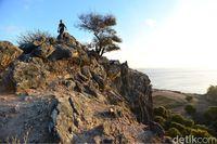 Trekking di perbukitan berbatunya (Ari Saputra/detikcom)