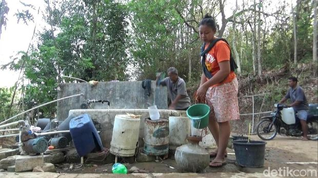 Atasi Kekeringan, BPBD Gunungkidul Ambil Air Bersih dari Luar Daerah