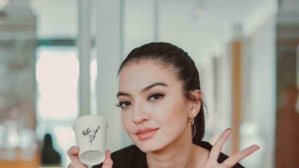 Raline Shah Buka Coffee Shop, Apa Racikan Kopi Istimewanya?