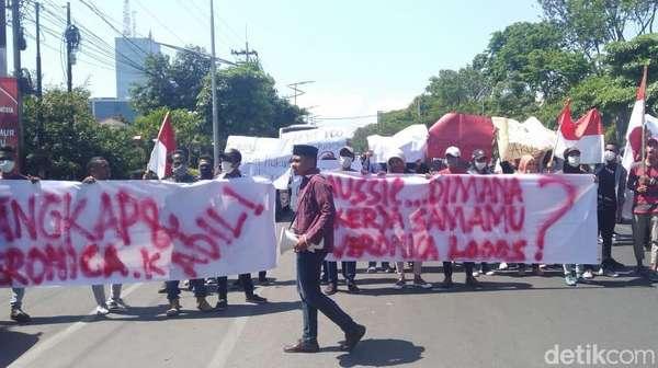 Massa Gelar Aksi Tuntut Konjen Australia Pulangkan Veronica Koman