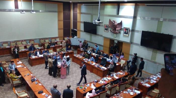Proses voting di Komisi III DPR (M Zhacky/detikcom)