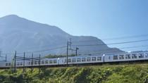 Potret Kereta Peluru Terbaru Super Nyaman dari Jepang