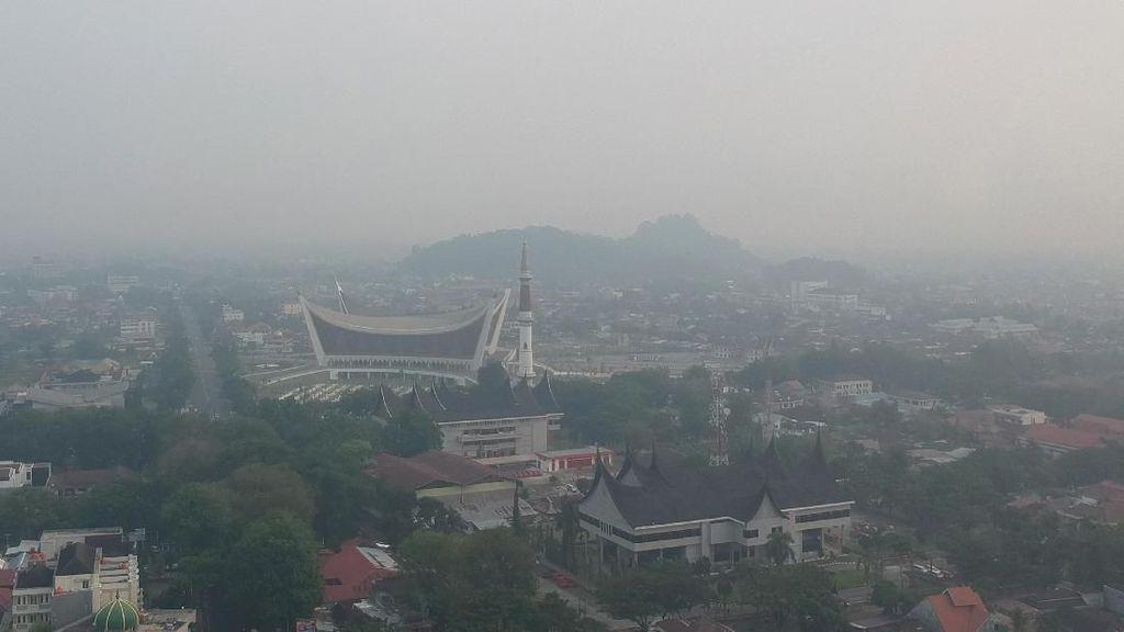 Sudah 2 Pekan Hotel di Sumatera Sepi karena Kepungan Asap
