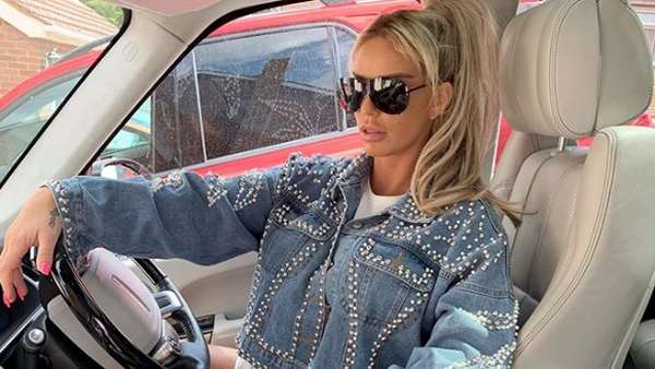 Kylie Jenner, Faradilla Yoshi hingga Katie Price