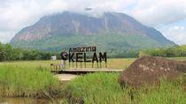 Bukit Kelam, Wisata Alam Eksotis Sintang yang Simpan Banyak Misteri