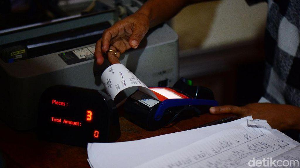 Agen Bank Jadi Andalan Nelayan di Pelabuhan Papela Buat Transfer