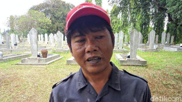 Kesaksian Penjaga Makam Lihat Cinta Habibie ke Ainun: Tak Pernah Lupa Ziarah