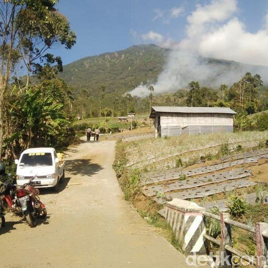 Sempat Dinyatakan Padam, Api Kembali Muncul di Lereng Gunung Slamet