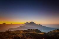 Gunung Prau yang terletak di Kabupaten Wonosobo Provinsi Jawa Tengah yang memiliki ketinggian 2.565 Mdpl. (Teguh Tofik Hidayat/dTraveler)