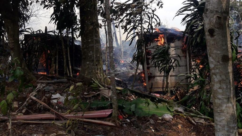 160 Warga Adat Baduy Luar Mengungsi Akibat Kebakaran