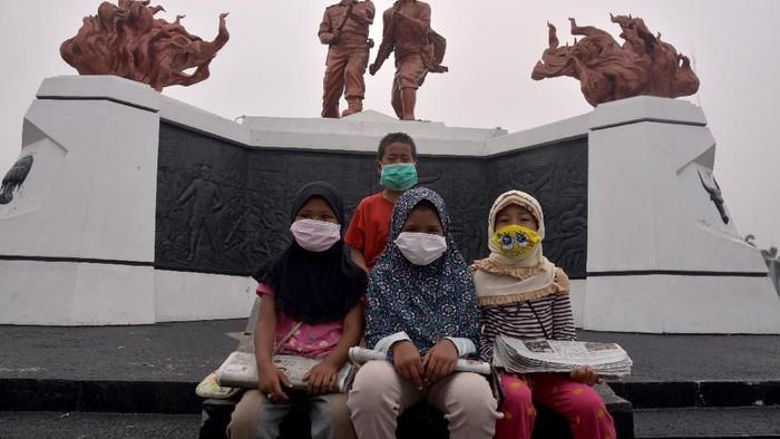 Kondisi Pekanbaru yang diselimuti kabut asap. (Foto: Antara Foto)