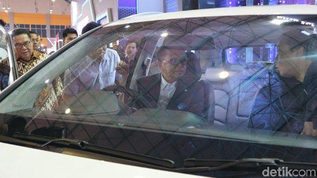 Gubernur Sulsel Nurdin Abdullah dan Motor Monyet