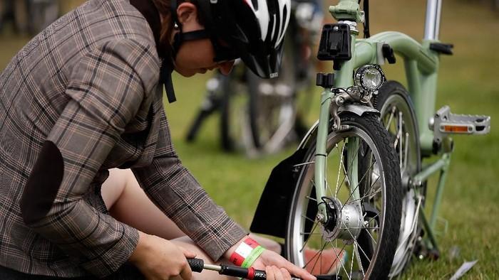 Sepeda lipat, Brompton dan tren sepeda hits harga selangit. Foto: Matthew Lloyd/Getty Images
