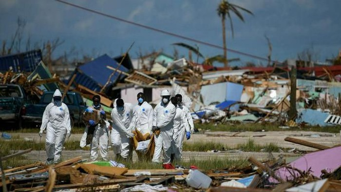 Badai tropis Humberto di Bahama, AS
