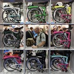Pesepeda Menjamur di Era New Normal, Sepeda Lipat Jadi Buruan