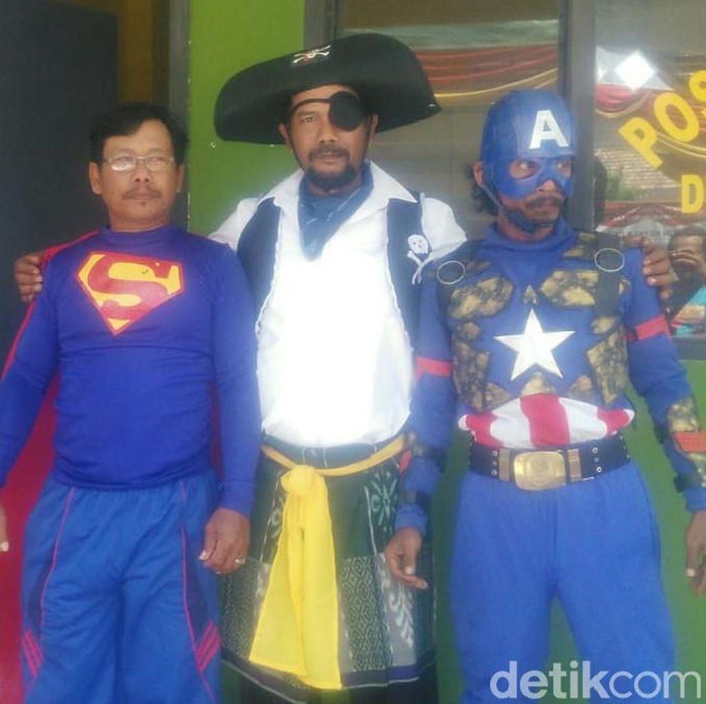 Ada Superhero Berjaga Saat Pilkades Serentak di Lamongan