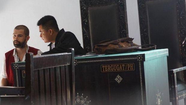 Dear Hakim, Mafia Narkoba yang Vonis Matinya Dianulir Masih Coba Kabur Lagi