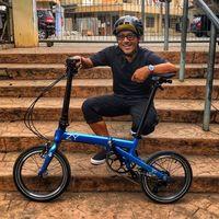 Nugie salah satu pesohor yang sudah lama terpikat sepeda lipat