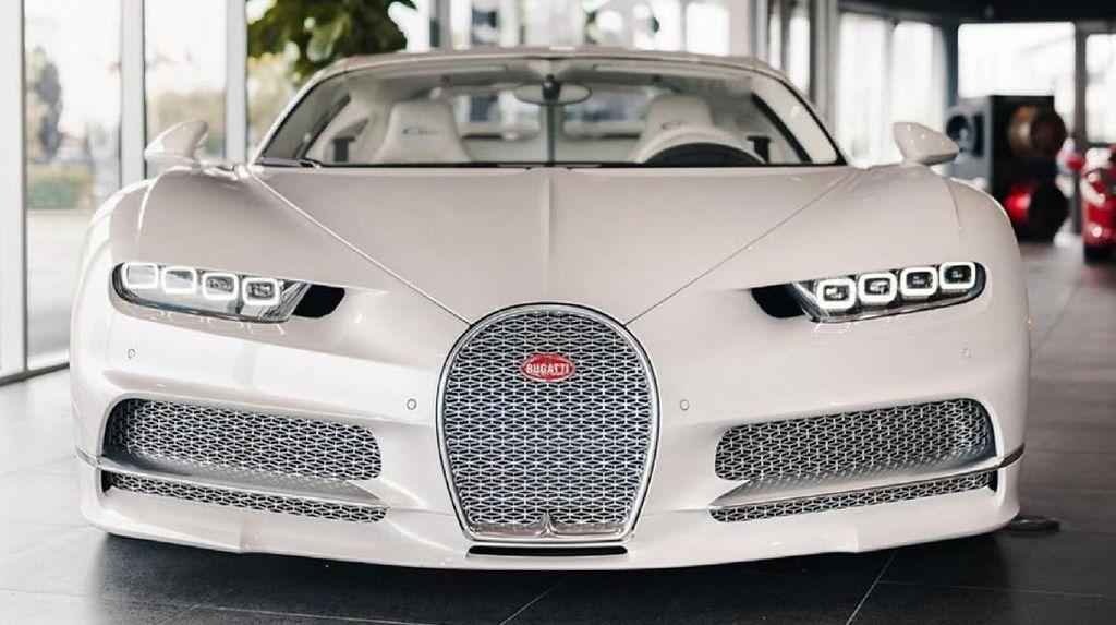Mewah! Rapper Post Malone Beli Bugatti Chiron Serba Putih