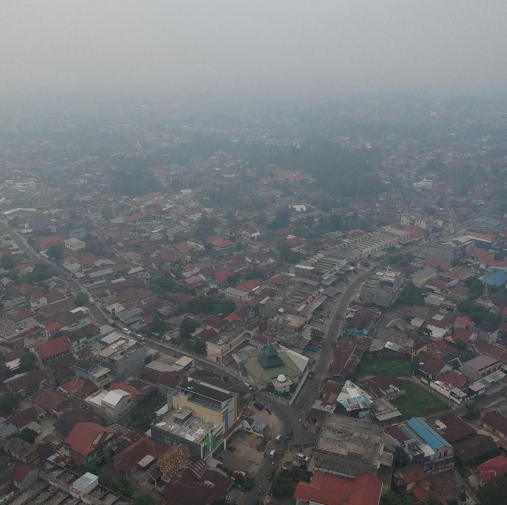 Tak Hanya Langit Merah, Udara di Jambi Juga Berbahaya