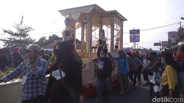 Meriahnya Nadran-Sedekah Bumi di Gunungjati, Cirebon