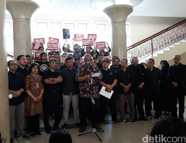 Dari Bulaksumur, Mereka Minta Jokowi Tak Buat KPK Hancur