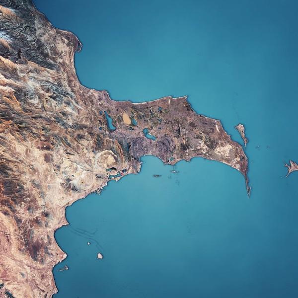Belakangan ini nama Laut Kaspia menjadi pembicaraan karena adanya ladang minyak dan gas alam di sana. (iStock)