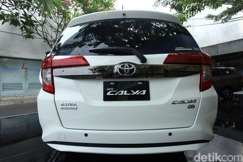 Toyota Calya. Foto: Rifkianto Nugroho