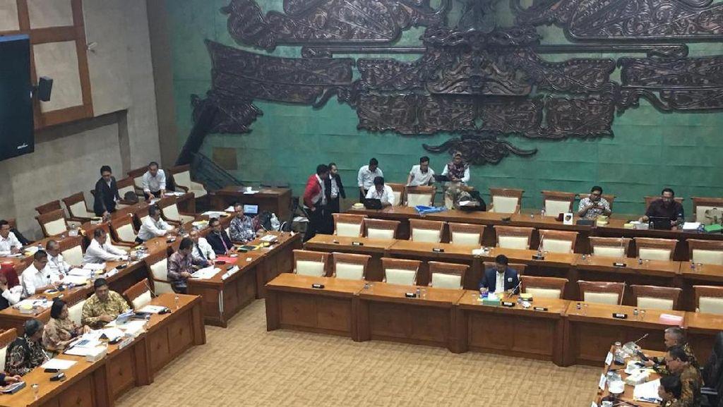 Sri Mulyani hingga Bambang Brodjonegoro ke DPR Bahas Anggaran