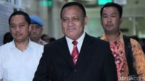 Dapat Promosi, Ketua KPK Terpilih Firli Bahuri Sandang 3 Bintang di Bahu