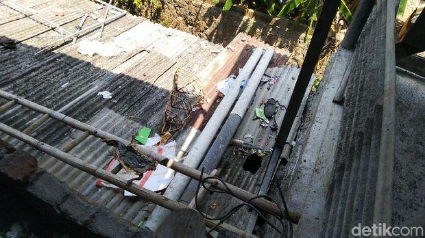 Melihat Perbaikan Rumah-rumah yang Rusak Akibat Ledakan di Brimob Semarang