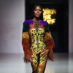Tips Makeup dari Supermodel Naomi Campbell, Pakai 3 Concealer
